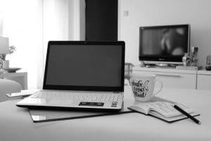 Travail à domicile, conseils pour bosser chez soi sans être dérangée